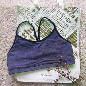 LULULEMON 8 gray/balck striped sport bra